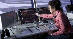 Salgado denuncia a Fomento por pactar los salarios de los controladores 'a escondidas'