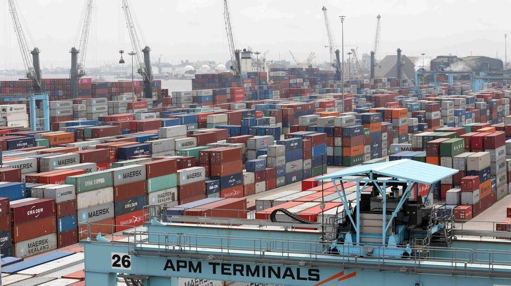 Foto: Grúas y contenedores en Lagos, Nigeria. (Reuters)