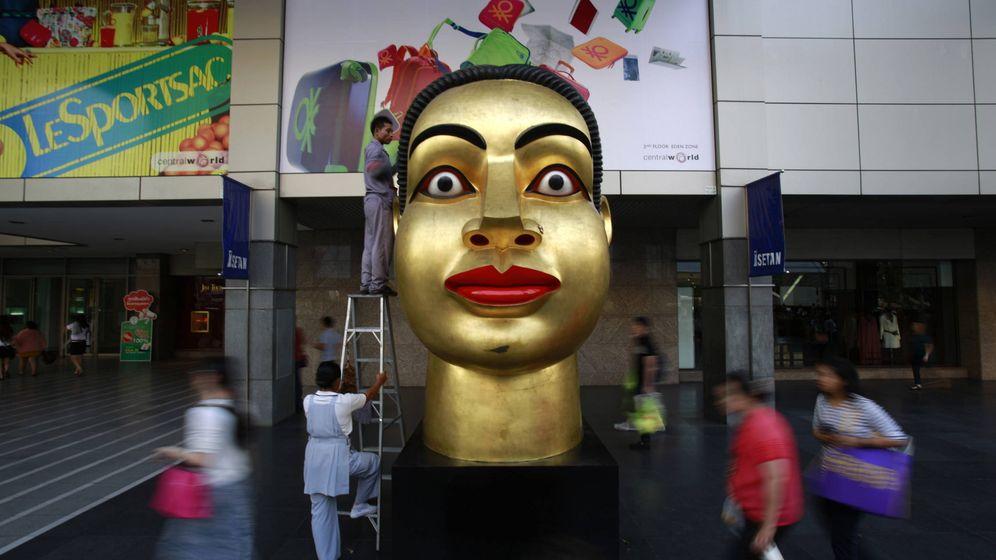 Foto: Buda en un centro comercial. (Reuters/Navesh Chitrakar)