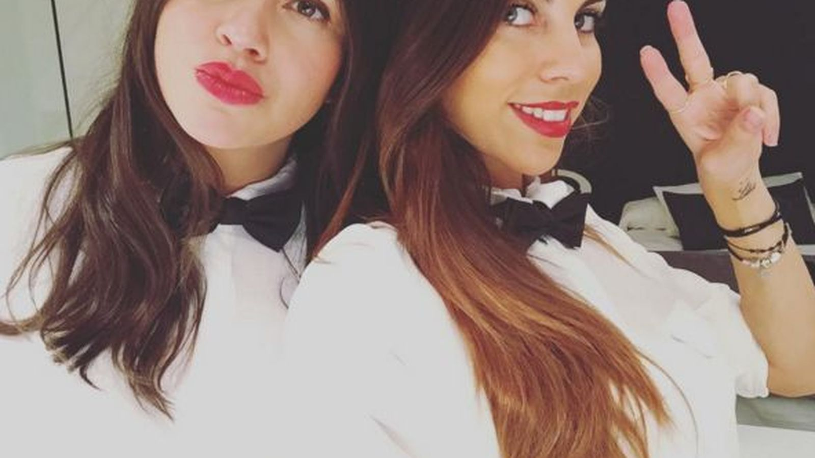 Foto: Melissa Jiménez y su hermana Sara (Instagram)
