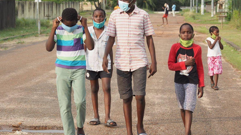 La imposible aventura de grabar en África un documental en medio de la pandemia