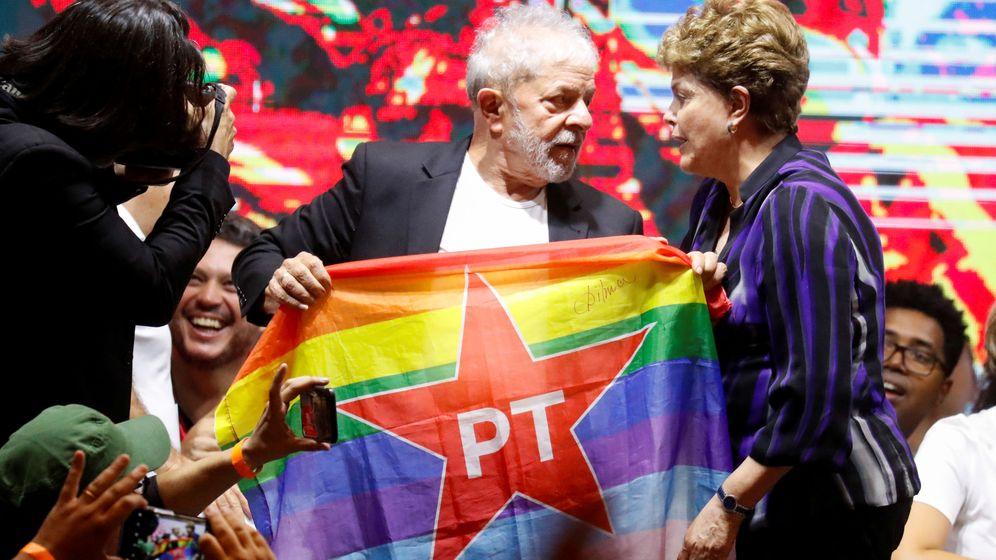 Foto: Lula da Silva y Dilma Rousseff, en un mitin el 22 de noviembre. (Reuters)