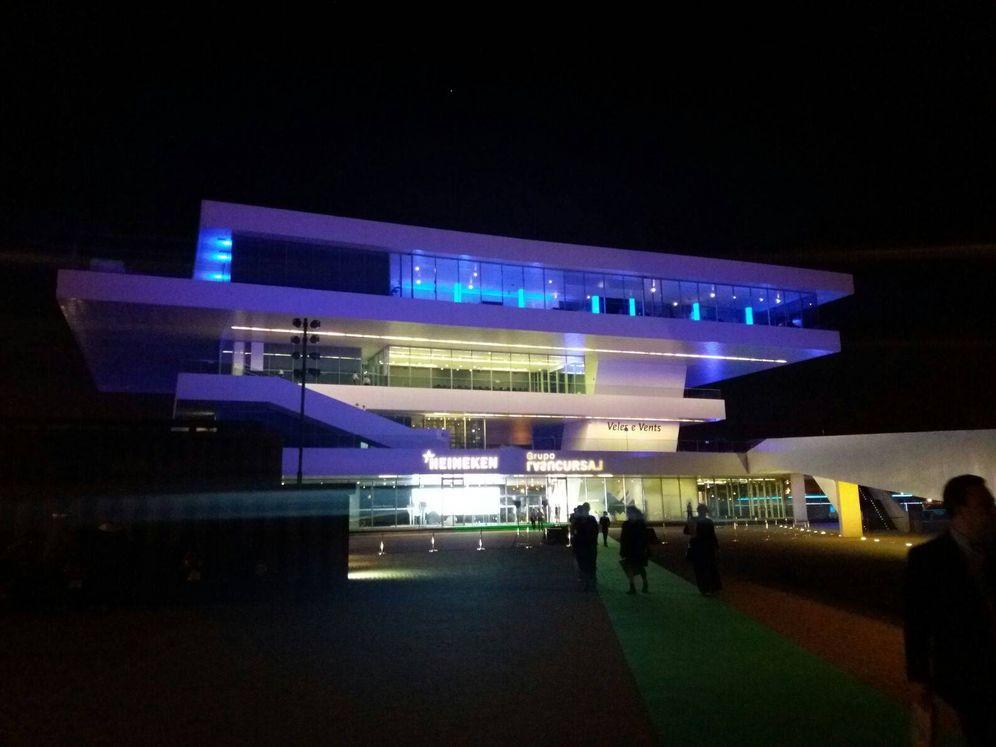 Foto: Veles e Vents abre sus puertas al público en la Marina Real (Valencia). (Foto: Marina Valero)