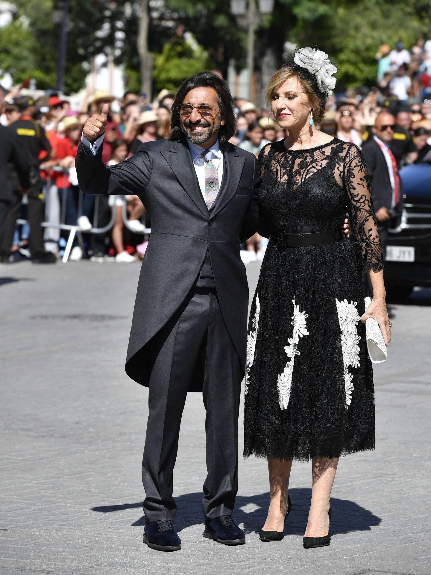 Antonio Carmona y su mujer, Mariola Orellana. (Cordon Press)