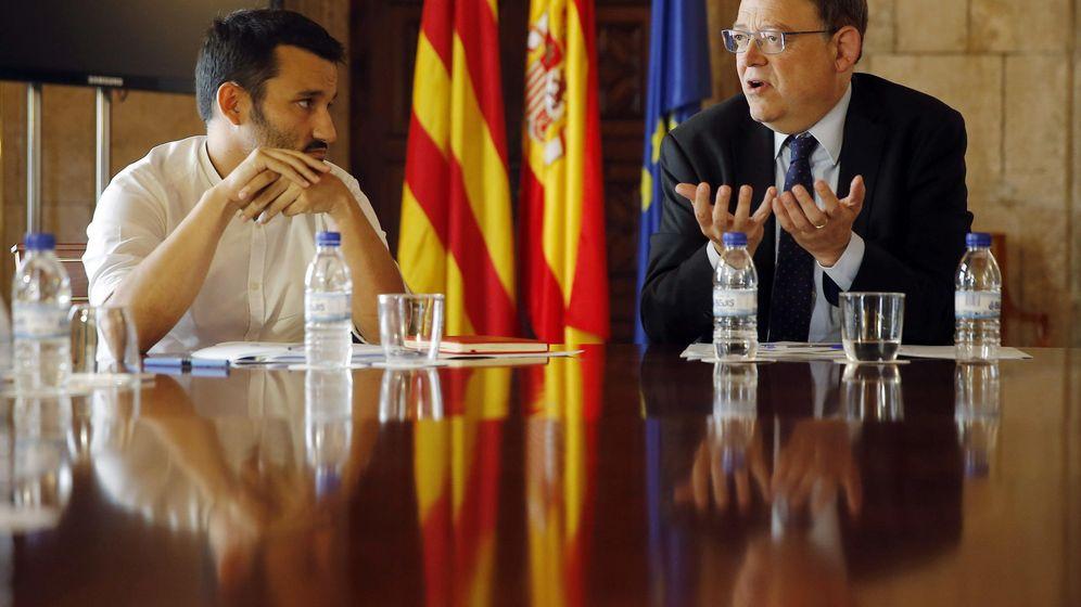 Foto: El 'conseller' de Educación, Vicent Marzà, y el presidente de la Generalitat valenciana, Ximo Puig. (EFE)