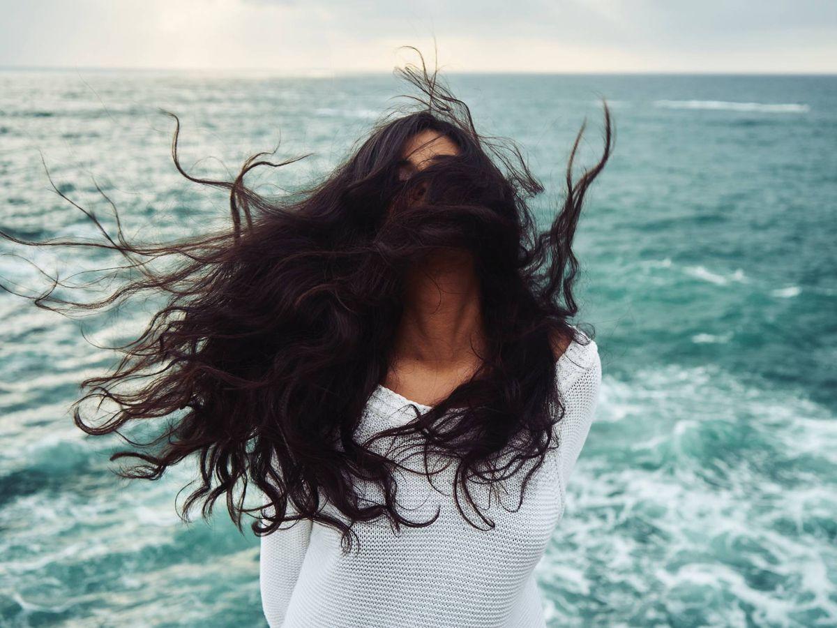Foto: El poder de la sal marina para darle a tu pelo todo el cuidado que necesita. (Yoann Boyer para Unsplash)