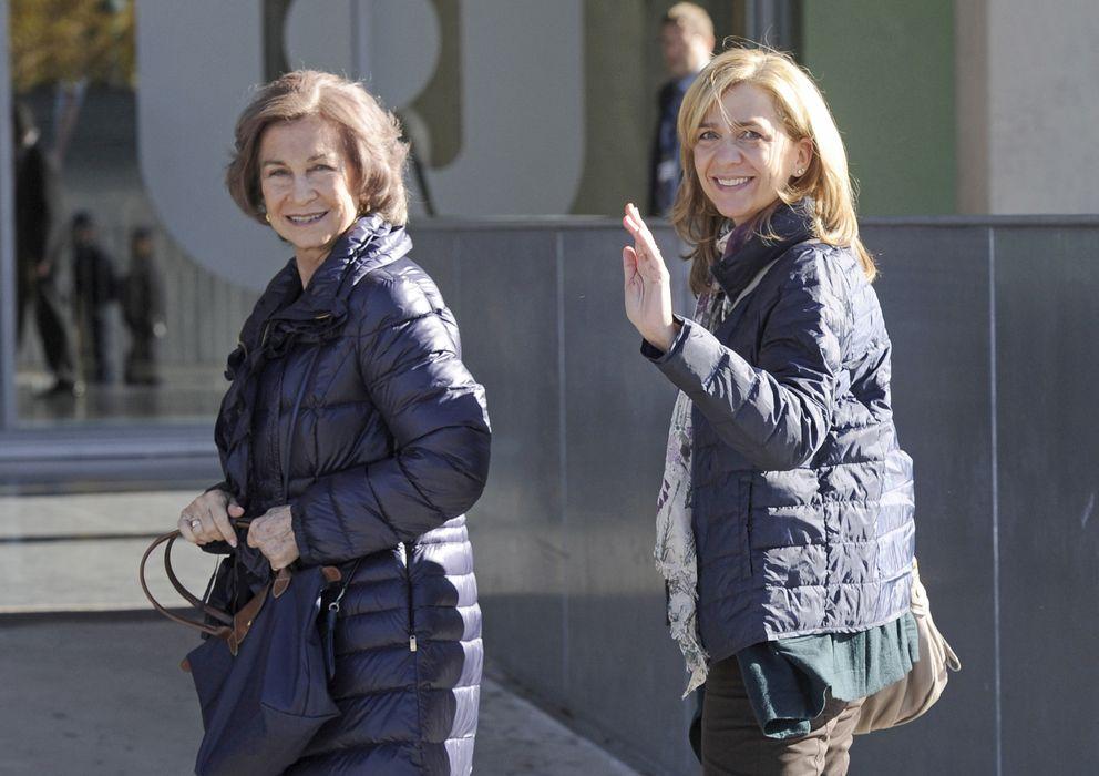 Foto: La infanta Cristina y la Reina Sofía el pasado mes de noviembre en Madrid (Gtres)