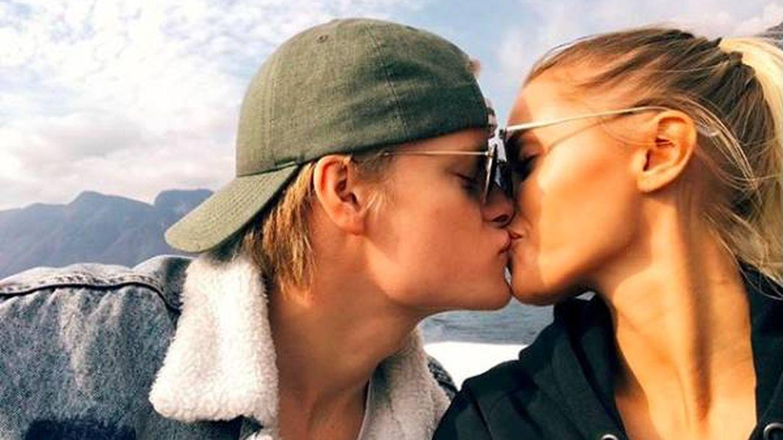 Así es la nueva vida del hijo de Mette-Marit junto a su novia, una chica Playboy
