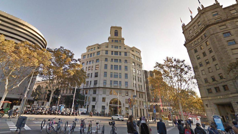 Telefónica vende su sede histórica en Barcelona a Daniel Maté por 100 millones