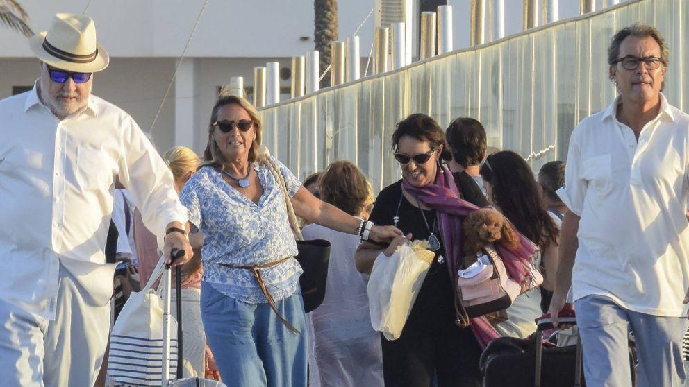 Jet privado y yate de 16 metros: el fin de semana a todo trapo de Artur Mas