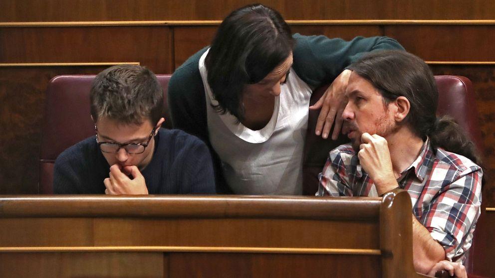 Iglesias ensaya su papel como jefe de la oposición tras votar juntos PP y PSOE