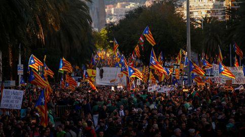 Directo |   Puigdemont en la marcha:  No hay barrotes que nos disuadan