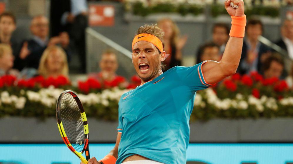 Foto: Nadal celebra uno de sus puntos en el partido contra Tiafoe este jueves en el Mutua Madrid Open. (Reuters)
