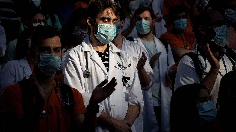 """¿Qué pasaría si los MIR dejasen de trabajar? """"Residependencia"""" en hospitales madrileños"""