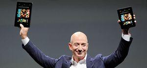 """Foto: Casa del Lector """"traiciona al libro"""" con Amazon"""