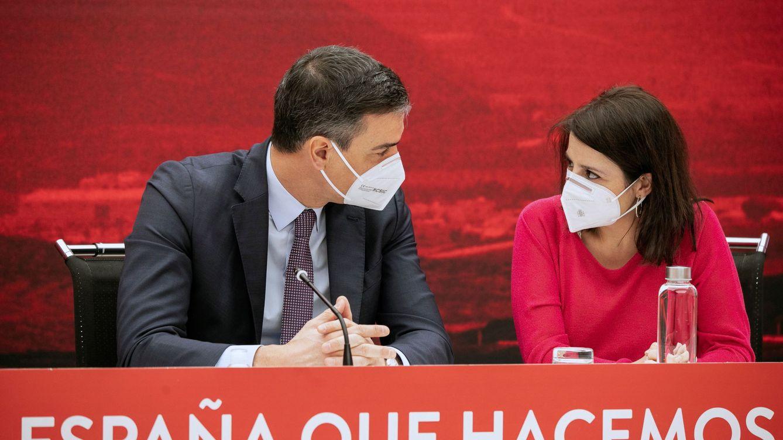 Sánchez diseña un nuevo PSOE bajo su control y con fichajes sin trayectoria orgánica