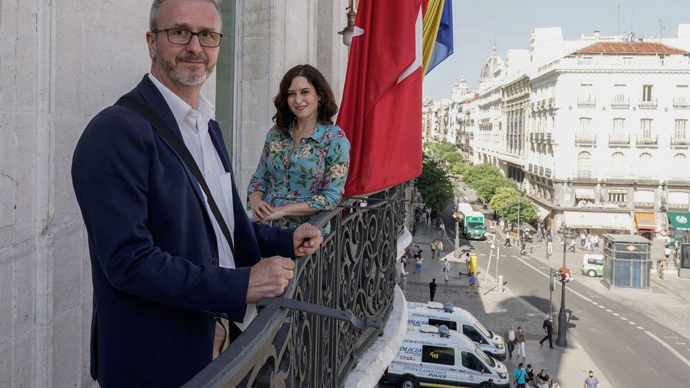 Sanidad ofrece un convenio sobre Barajas y Madrid aplaza la obligación de mascarilla