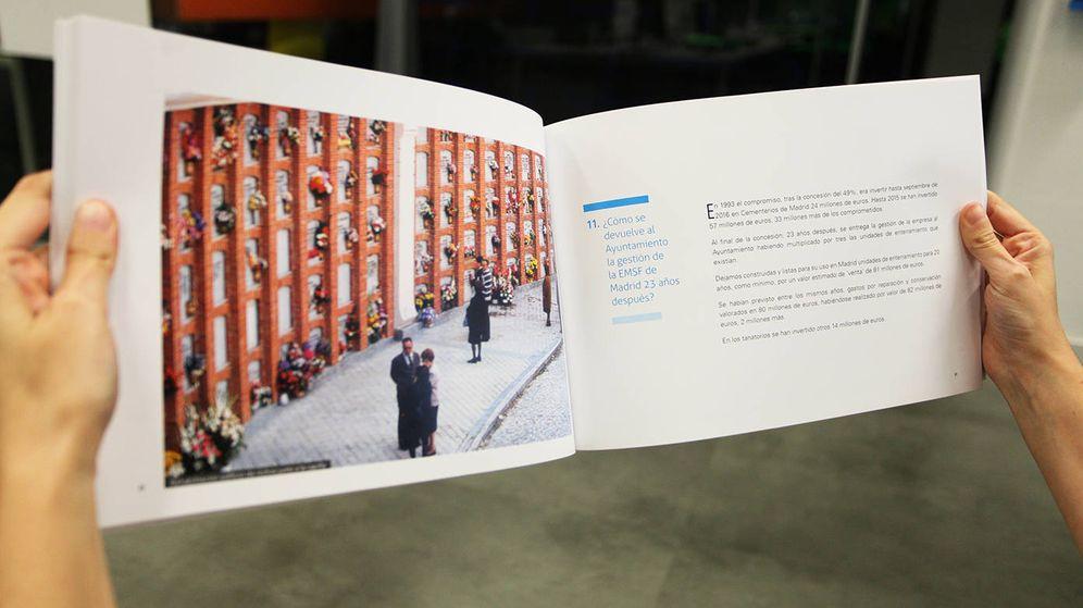 Foto: Interior del libro 'Todo lo que deberías saber de la EMSF (Empresa Mixta de Servicios Funerarios) de Madrid'. (EC)