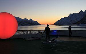 Fabrican un sol de 'leds' para iluminar los inviernos noruegos