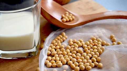 El 'lobby' lácteo carga contra los súper por mezclar leche con bebidas vegetales