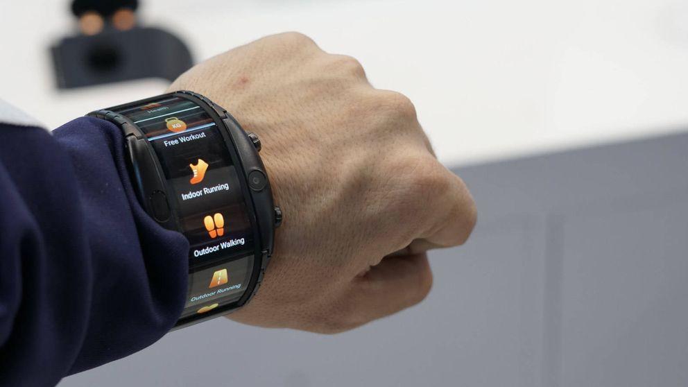 Probamos el Nubia Alpha: este móvil-reloj es lo más 'choni' que vas a ver en el Mobile