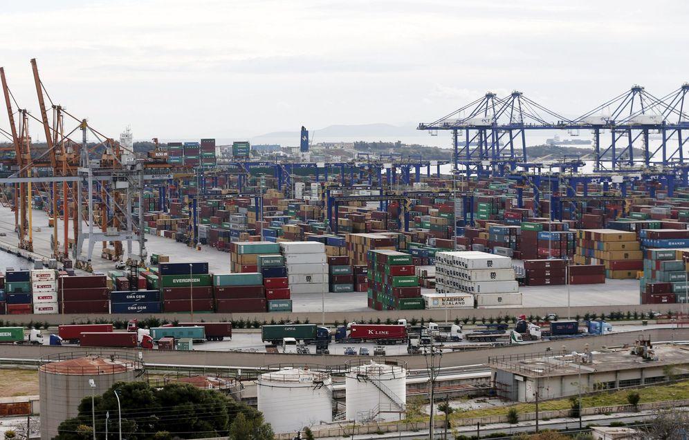 Foto: Vista general del Puerto del Pireo, en enero de 2015 (Reuters)