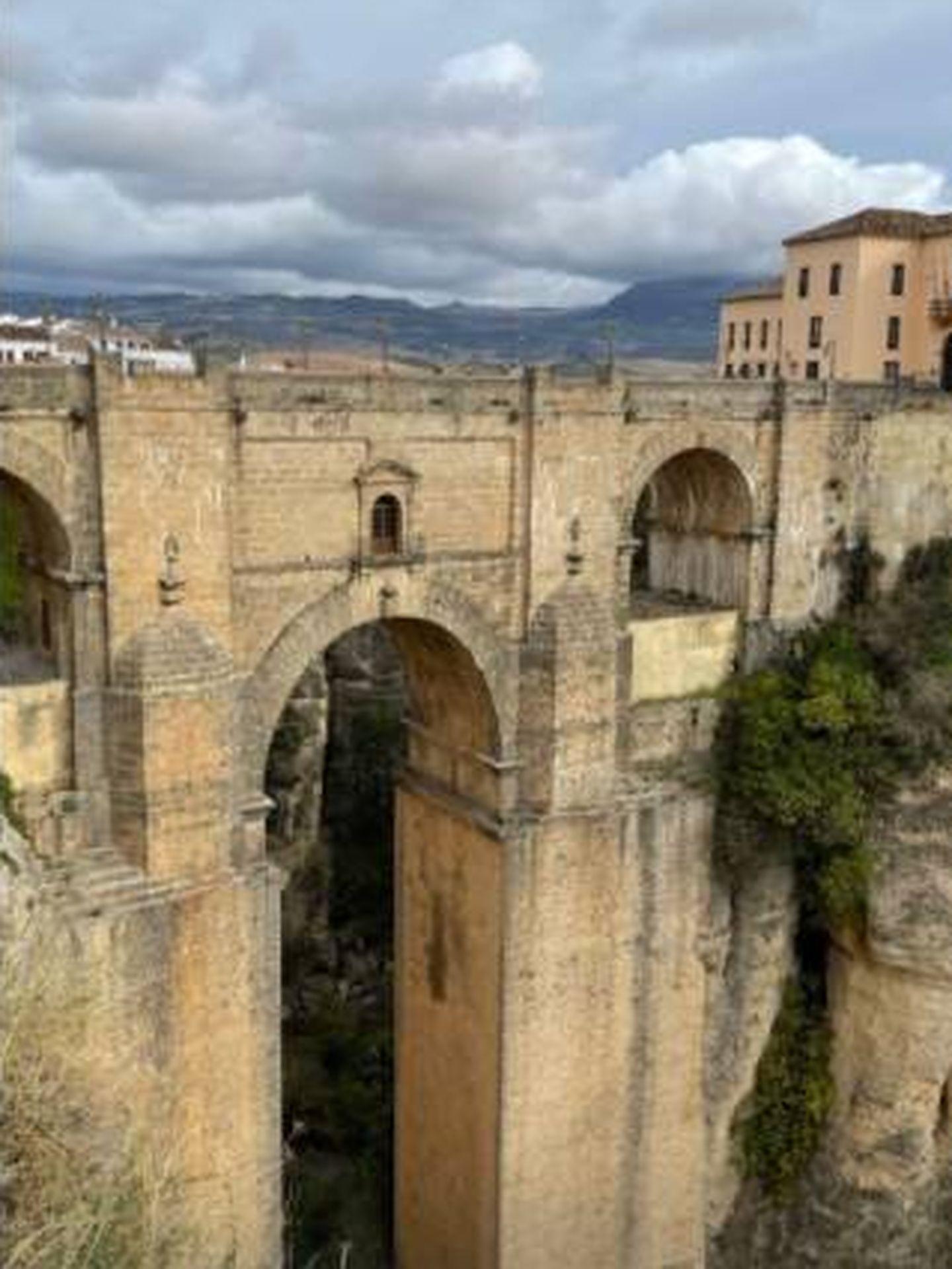 Story de Iñigo Onieva en el que muestra el puente Nuevo Ronda. (IG)