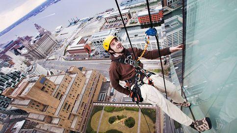 Profesionales en las alturas: los escaladores que arreglan puentes y rascacielos