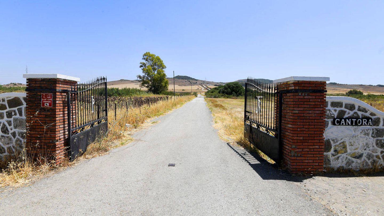 Las puertas de la entrada a Cantora. (Cordon Press)