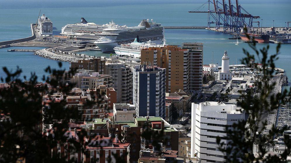Foto: El puerto de Málaga en una imagen de archivo (marzo de 2014). (EFE)