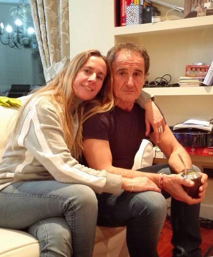 Foto: Cecilia di Luca y el Profe Ortega, en una cariñosa imagen de las redes sociales.