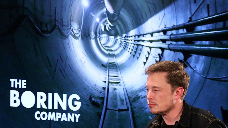 Elon Musk detalla su plan para acabar con los atascos: viajes subterráneos a 1 dólar