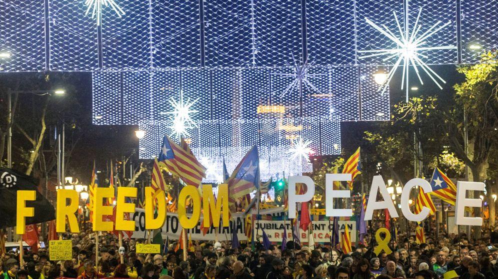 Foto: Manifestación unitaria del independentismo. (EFE)