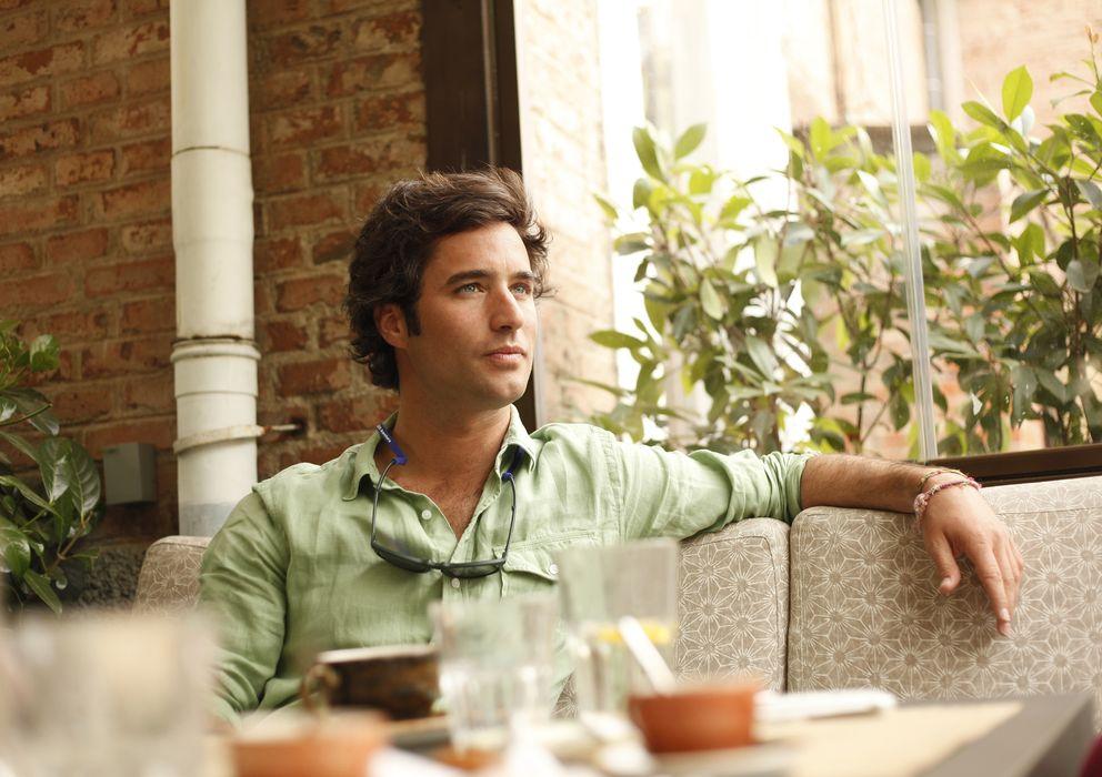 Foto: El empresario Fernando Nicolás posando en su restaurante Pipa & Co (Enrique Villarino)