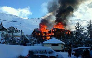 Arde el hotel más lujoso de sierra nevada