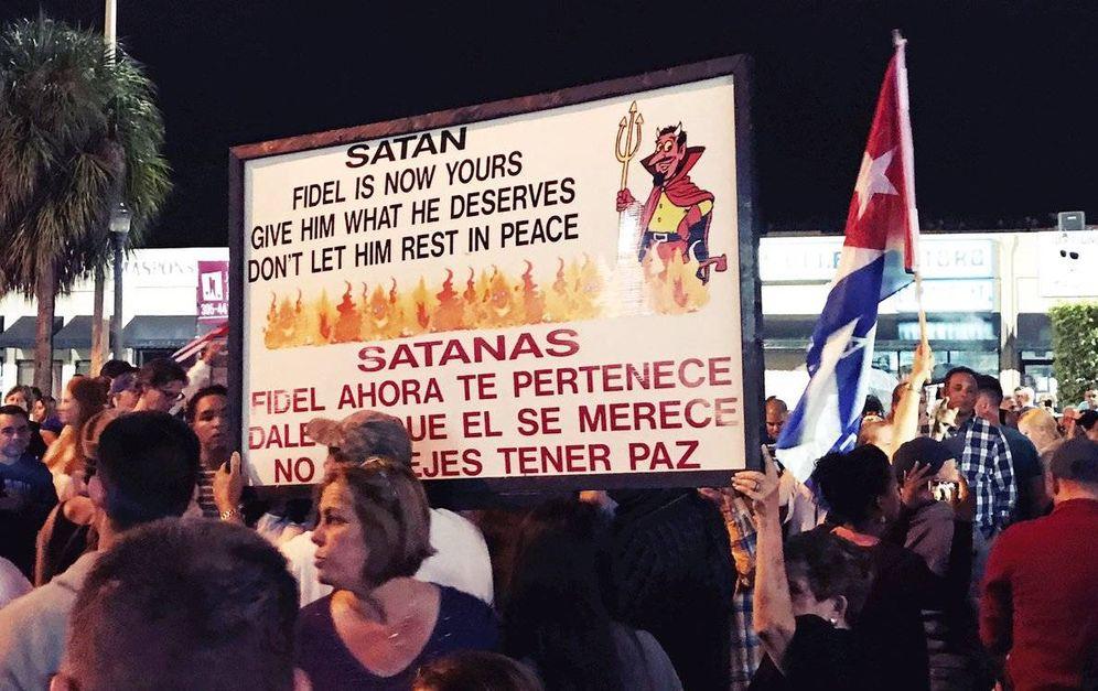 Foto: Celebraciones en la calle 8 de Miami, el núcleo del movimiento anticastrista