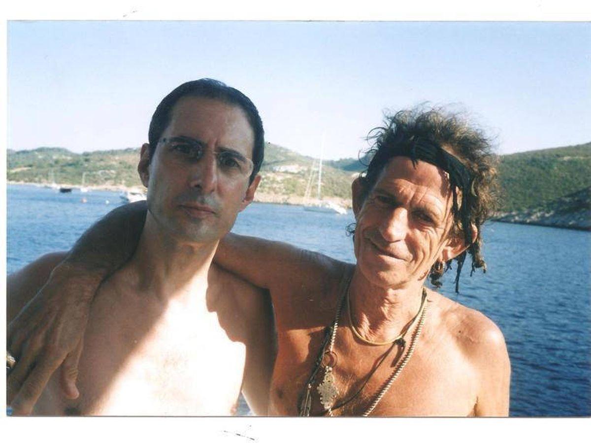 Foto: Gay Mercader, con Keith Richards. (Cortesía)