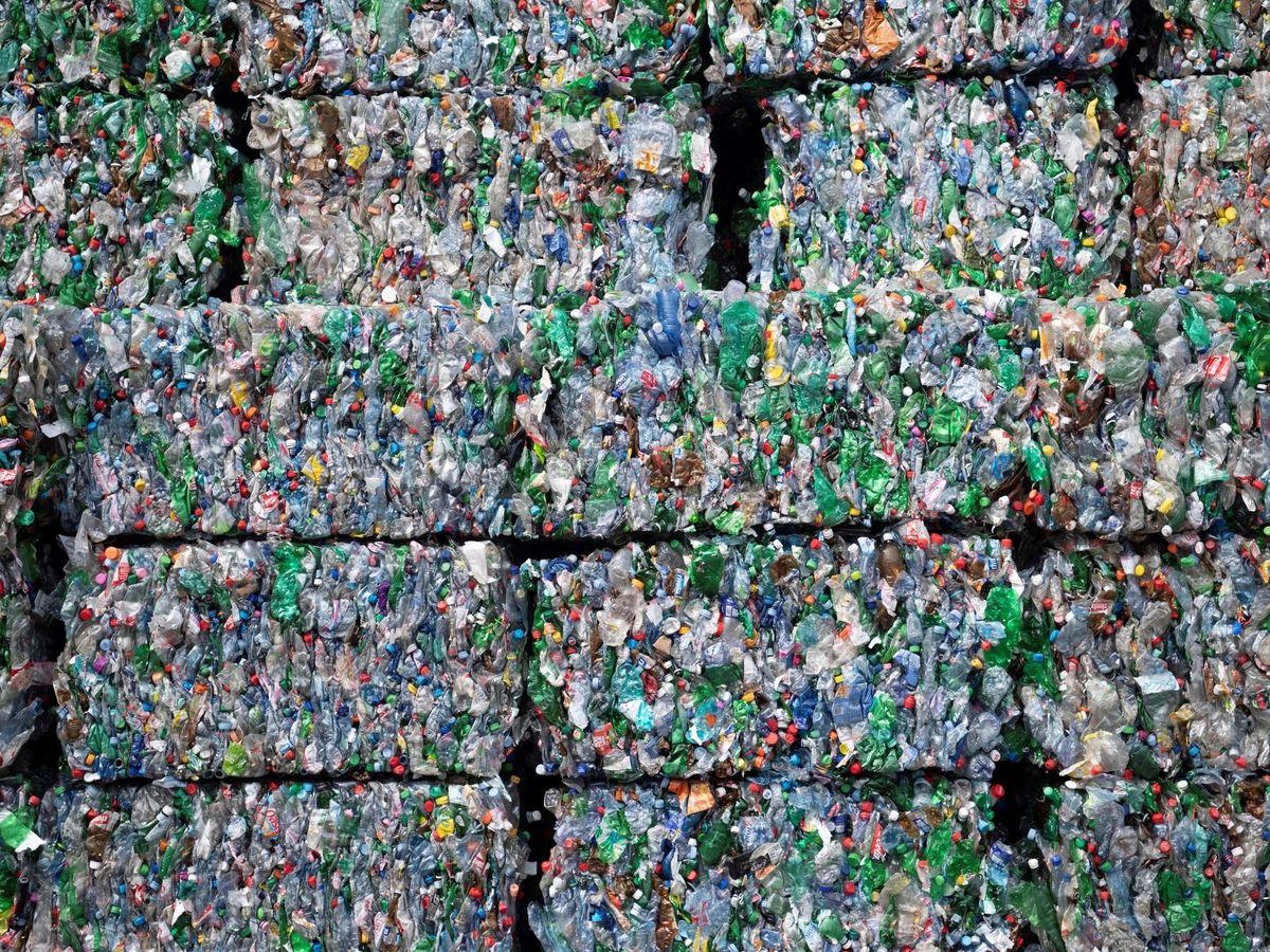 Foto: Somos de los países de Europa que más reciclan, por delante de Reino Unido o Suiza. (EFE)