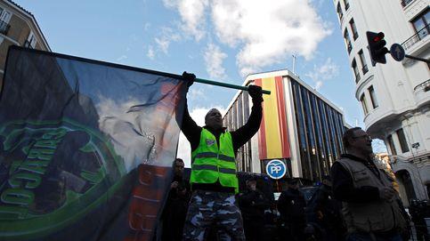 ¡Queremos lo de BCN y lo queremos ya!. El taxi exige en Génova la dimisión de Garrido