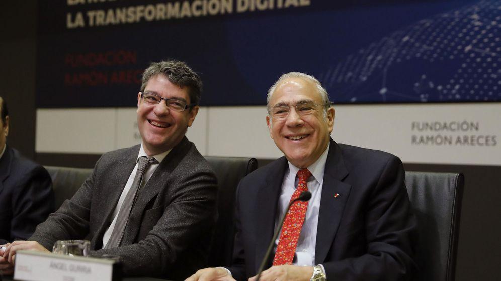 Foto: El secretario General de la OCDE, Ángel Gurría,d., y el ministro de Energía, Turismo y Agenda Digital, Álvaro Nadal. (EFE)