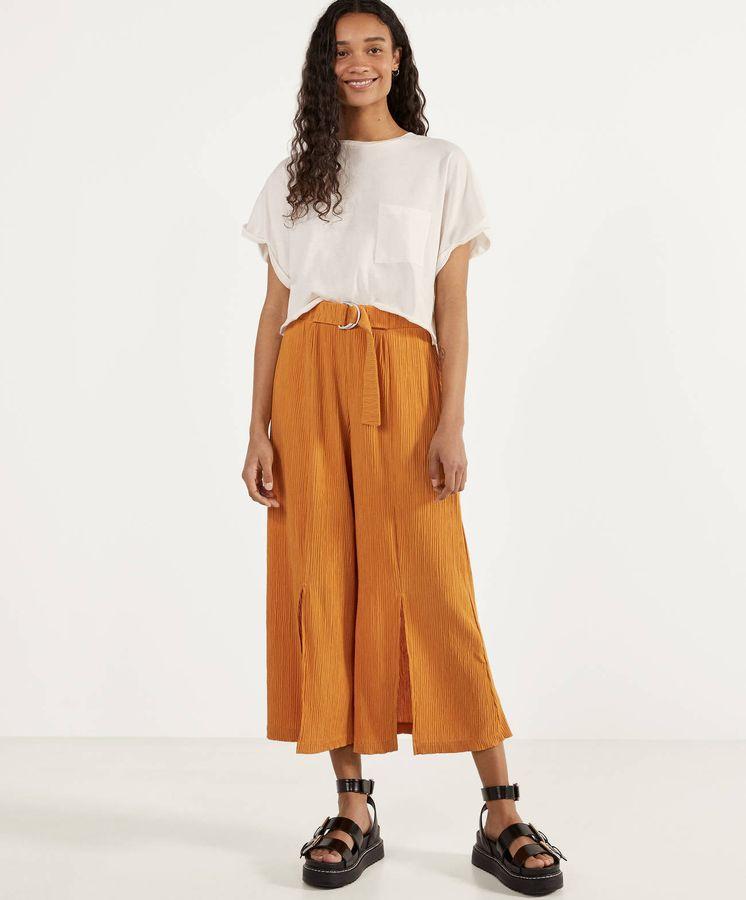 El Pantalon De Bershka Que Conquistara A Las Que Visten Comoda Y Estilosamente