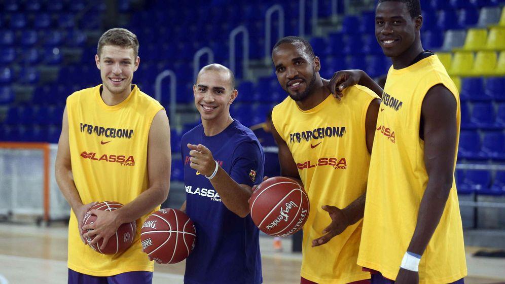 Foto: De izquierda a derecha, Vezenkov, Arroyo, Samuels y Diagne, cuatro de los nuevo fichajes del Barcelona (Efe)