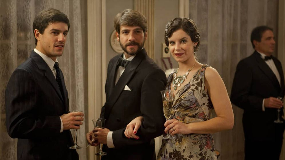 Foto: Fotograma de la primera temporada de '14 de abril. La República'. (RTVE)