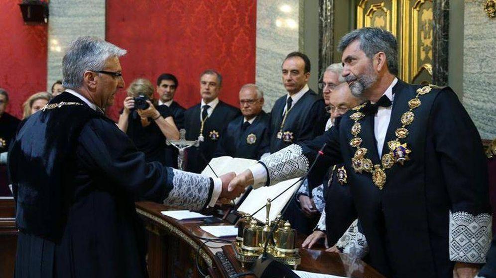Foto: El presidente del Supremo y del CGPJ, Carlos Lesmes, junto al magistardo Luis María Díez-Picazo. (EFE)
