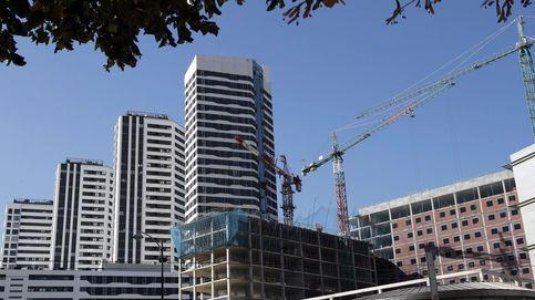 La compraventa de viviendas rompe con dos meses de subidas: cae un 15,4%