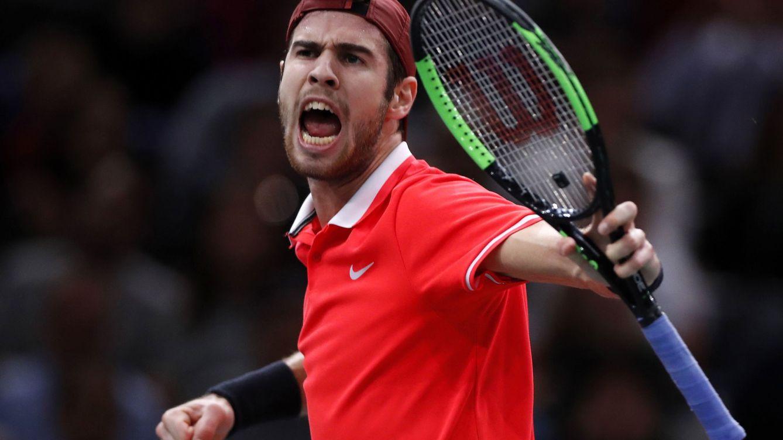 La 'detención' de Djokovic a manos del sorprendente Khachanov en París
