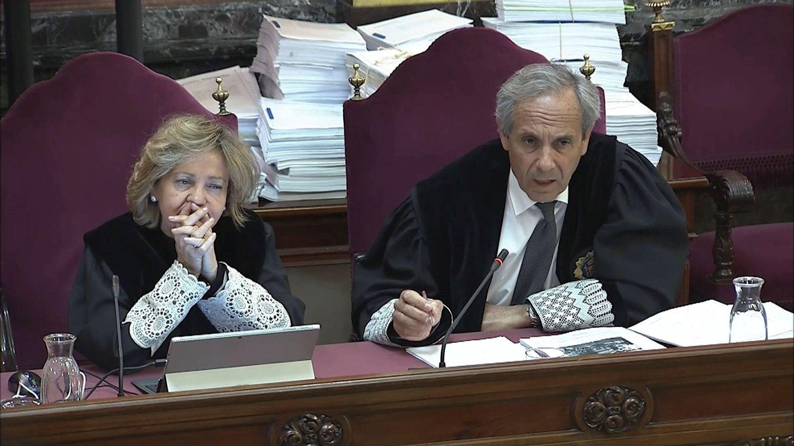 Foto: Imagen tomada de la señal institucional de Tribunal Supremo de los fiscales Consuelo Madrigal y Jaime Moreno. (EFE)