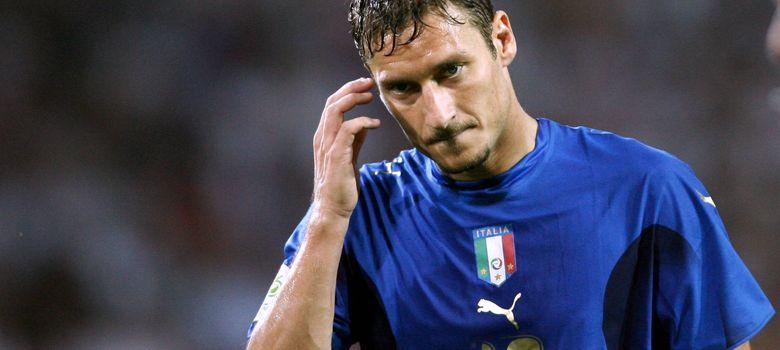 Foto: Totti con la camiseta de Italia en el Mundial de 2006 (Ivalo).