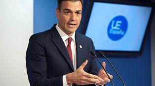 Sánchez manipula sus cuentas como antes las manipuló Rajoy