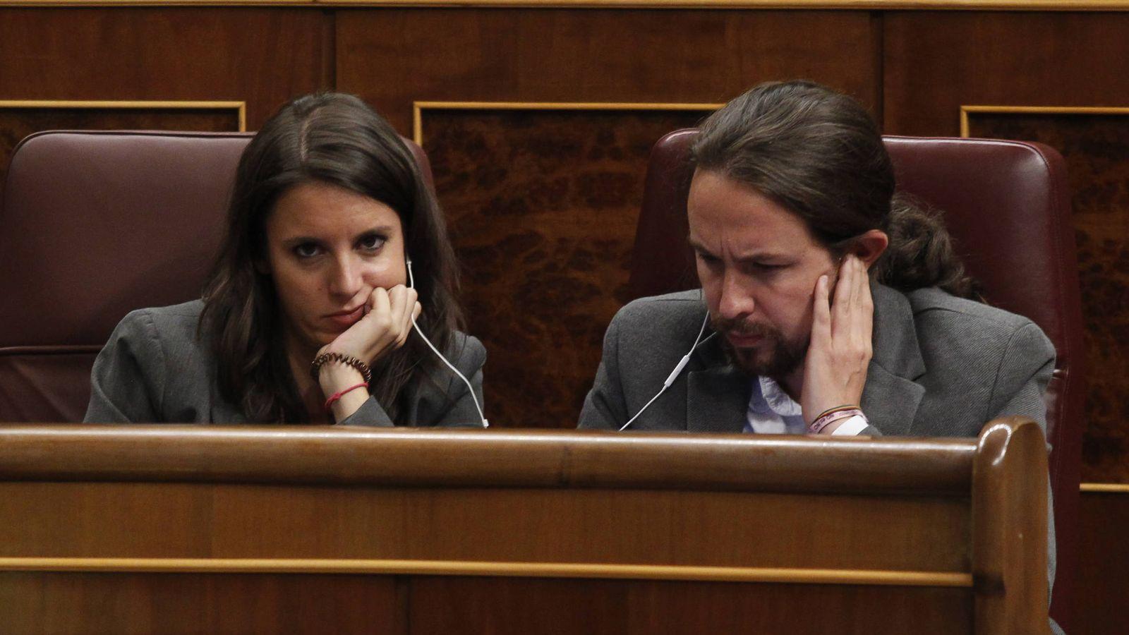 Foto: Pablo Iglesias e Irene Montero, en el Congreso. (Gtres)